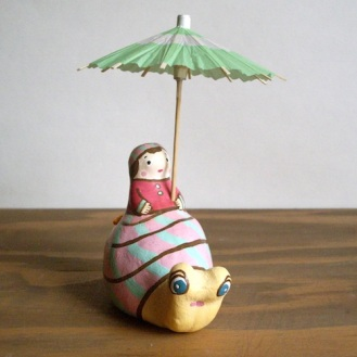 BELL-16 かたつむり土鈴 Claybell of Girl riding a Snail