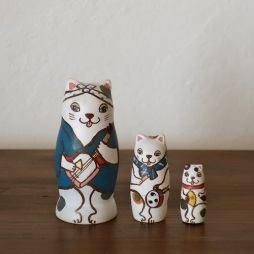 MS3-11 Matryoshka 3sets 猫じゃ猫じゃ Dance of cat  Size:7cm/Material: wood  ¥6,500+Tax