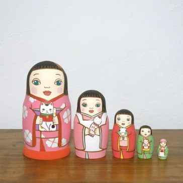 ML5-4-2 Matryoshka 5sets 人形遊び Doll play  Size:16.5cm/Material: wood  ¥18,000+Tax