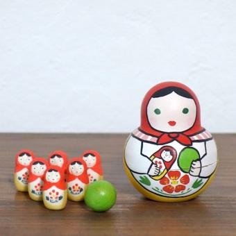 MB-3 マトリョーシカボウリングMatryoshka Bowling  Size:7×5×5cm (body) 2.5× 1.2× 1.2cm (bowling pins)/Material: wood, porcelain  ¥5,000+Tax