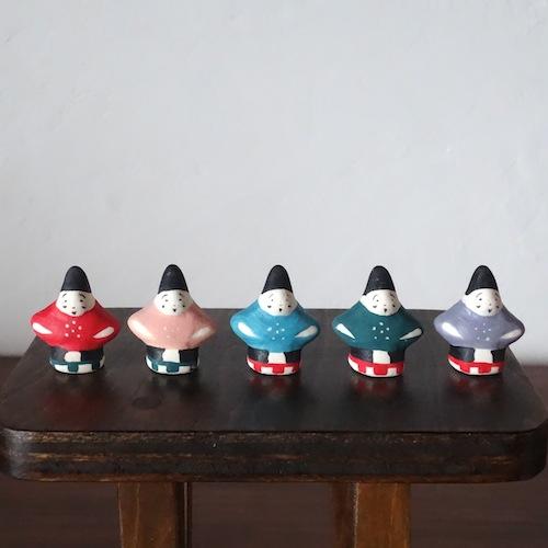 天神さまのフェーブ Feve of Tenjin  Size:3.0×2.8×1.5cm/Color : Red,water,peach ,green,purple/Materials: porcelain  ¥800+Tax   FEVES-55赤 EVES-56桃 FEVES-57水 FEVES-58緑 FEVES-59紫