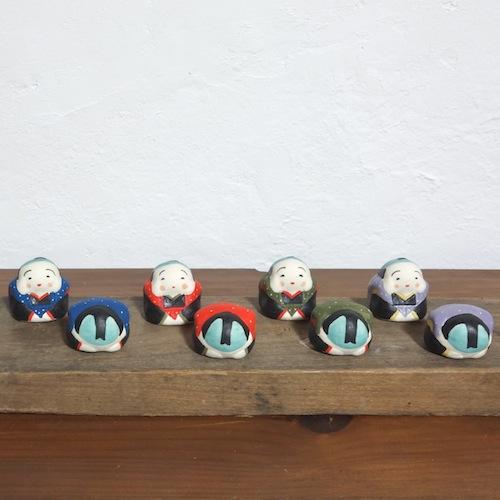ミニ福助さん Mini Fukusuke Size: 3.3×3.3×3.8cm/Material: Porcelain ¥1,500+tax     ミニお辞儀福助さん Mini Bow Fukusuke Size:3.3×3.3×2.3cm/Material: Porcelain ¥1,200+tax