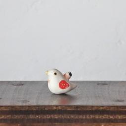 豆ハトのフェーブ  Feve of Pigeon  Size:2.5×1.3×2.0cm/Materials:porcelain  ¥700+Tax  FEVES-85