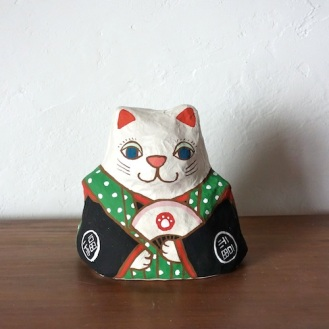 PM-02G 張り子 左扇猫 緑 Cat of papier-mache Size:W16×D13cm×H16cm/Material:Japanese paper  ¥5,400+tax