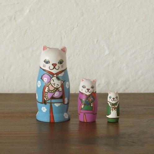 MS3-1 Matryoshka 3sets 正月猫 New Year cat  Size:7cm/Material: wood  ¥6,500+Tax