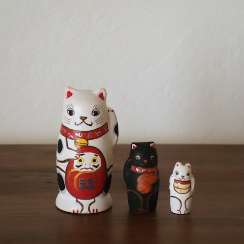 MS3-4 Matryoshka 3sets 招き猫 beckoning cat  Size:7cm/Material: wood  ¥6,500+Tax