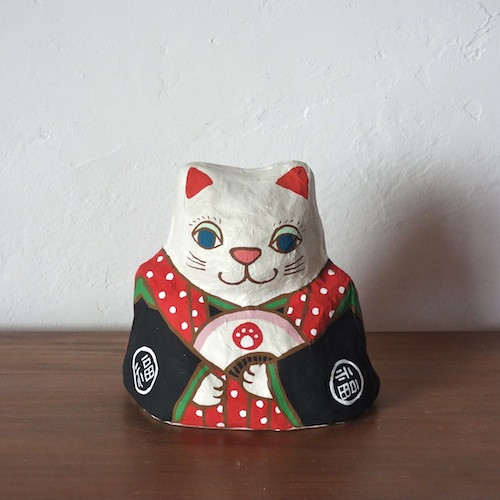 PM-02R 張り子 左扇猫 赤 Cat of papier-mache Size:W16×D13cm×H16cm/Material:Japanese paper  ¥5,400+tax
