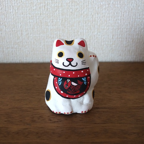 BELL-31t(鯛) 前掛け招き猫土鈴 Claybell of aproned Lucky Cat
