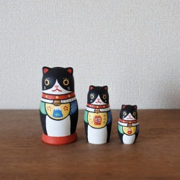 MATRYOSHKA 5sets 福猫 Lucky Cat   Size:H11.5cm   Material: wood   ¥7,500+tax   MM3-1